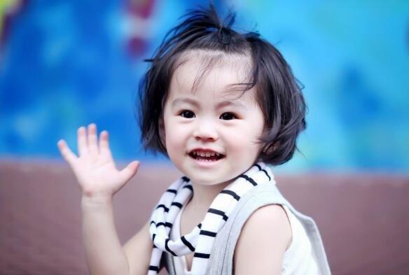 猴年四月出生的维字辈董姓氏宝宝_女孩古诗起四个字的名字大全集